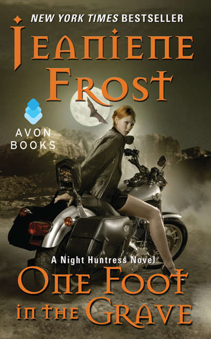 One Foot in the Grave: A Night Huntress Novel (Night Huntress #2)
